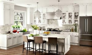 Фото: белая кухня в стиле прованс