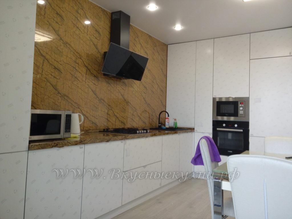 Фото: роскошная кухня в современном стиле