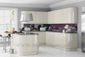 фото: бежевая кухня в современном стиле