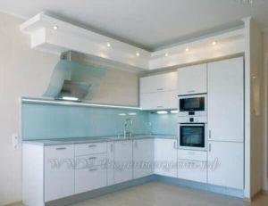 фото: кухня березового цвета