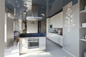 фото: серая кухня в современном стиле из мдф