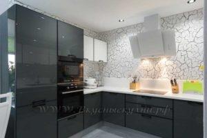 фото: черно серая кухня в современном стиле